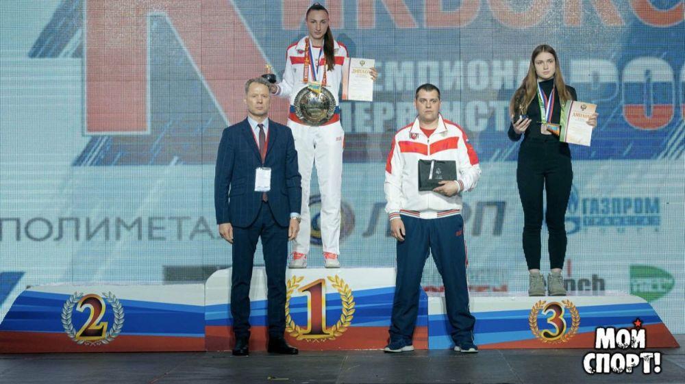 Крымские кикбоксеры выиграли 2 медали на чемпионате и первенстве России