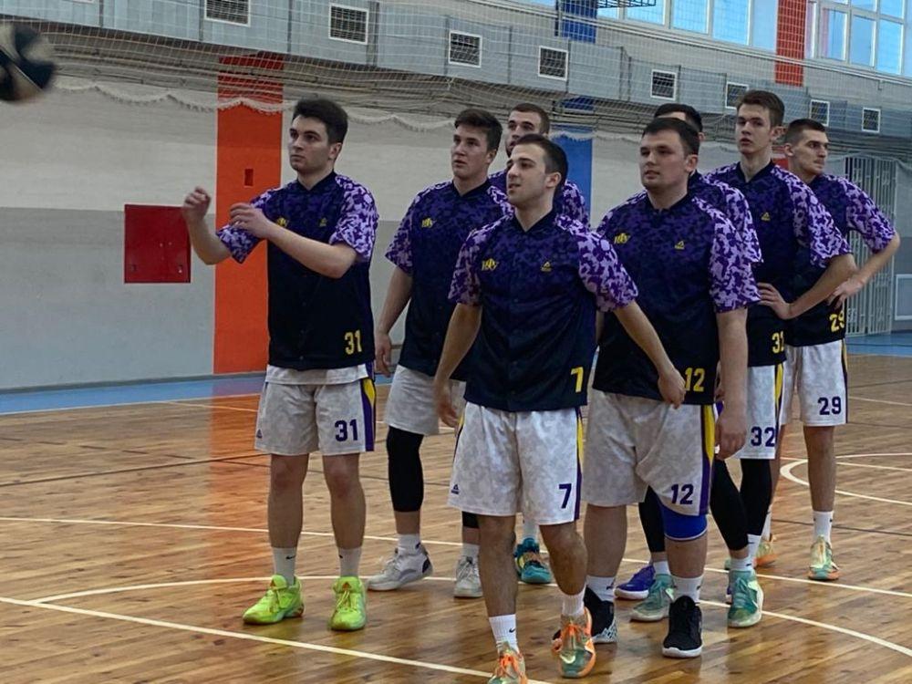 Крымские баскетболисты завершили победой выступление в Лиге Белова
