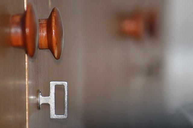 В Евпатории чиновницу оштрафовали на миллион за покупку слишком дорогой квартиры