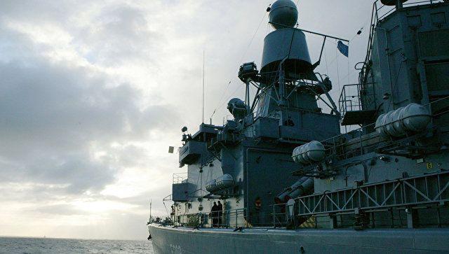 Лавров прокомментировал решение США направить корабли в Черное море