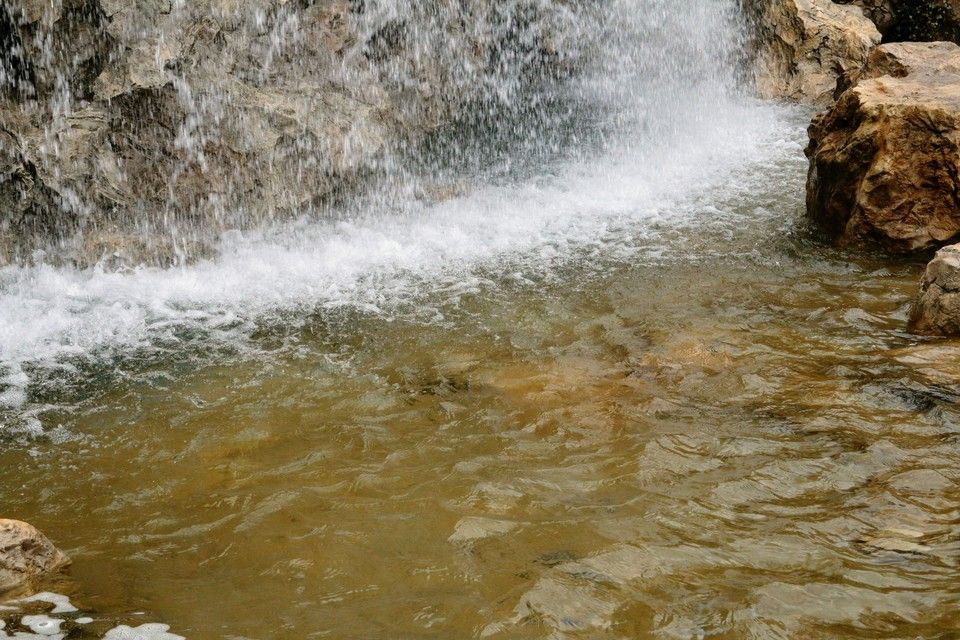 Двойной приток: Тающий снег дает крымчанам надежду на круглосуточную подачу воды