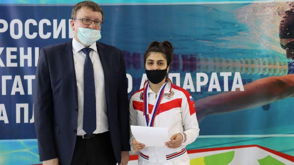 Крымская спортсменка завоевала две медали на чемпионате России по плаванию среди лиц с ПОДА