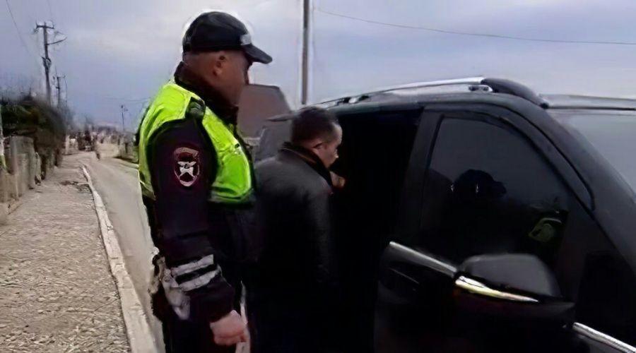Директор «РусРемСтрой» на несколько часов заблокировал центральную улицу в Оленевке