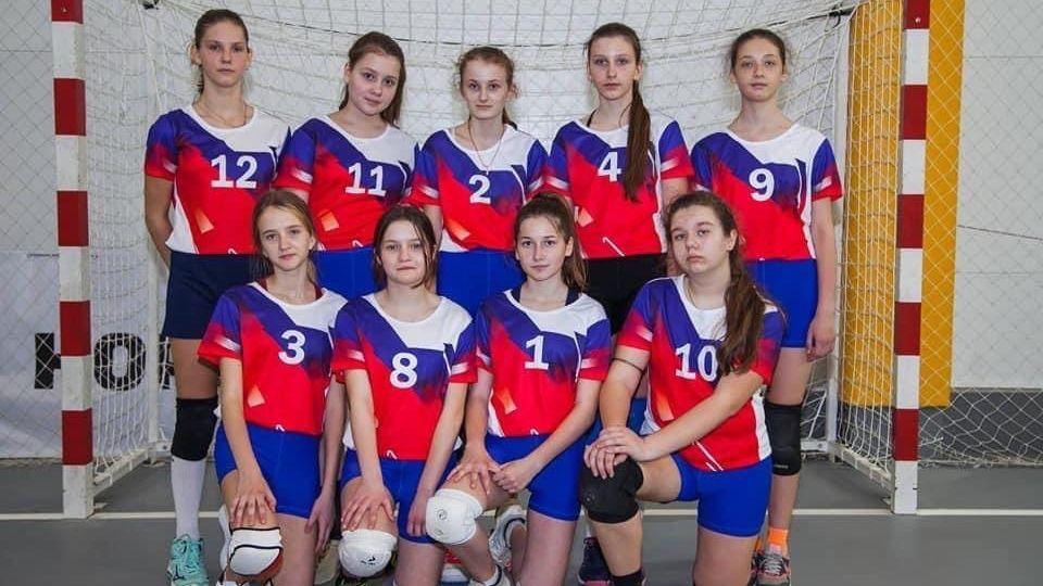 Бахчисарайские волейболистки выиграли турнир в Таганроге