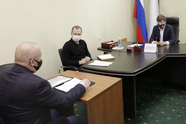 Иван Манучаров провел прием граждан