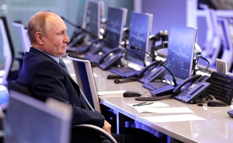 Из регионов должна поступать объективная информация – Путин