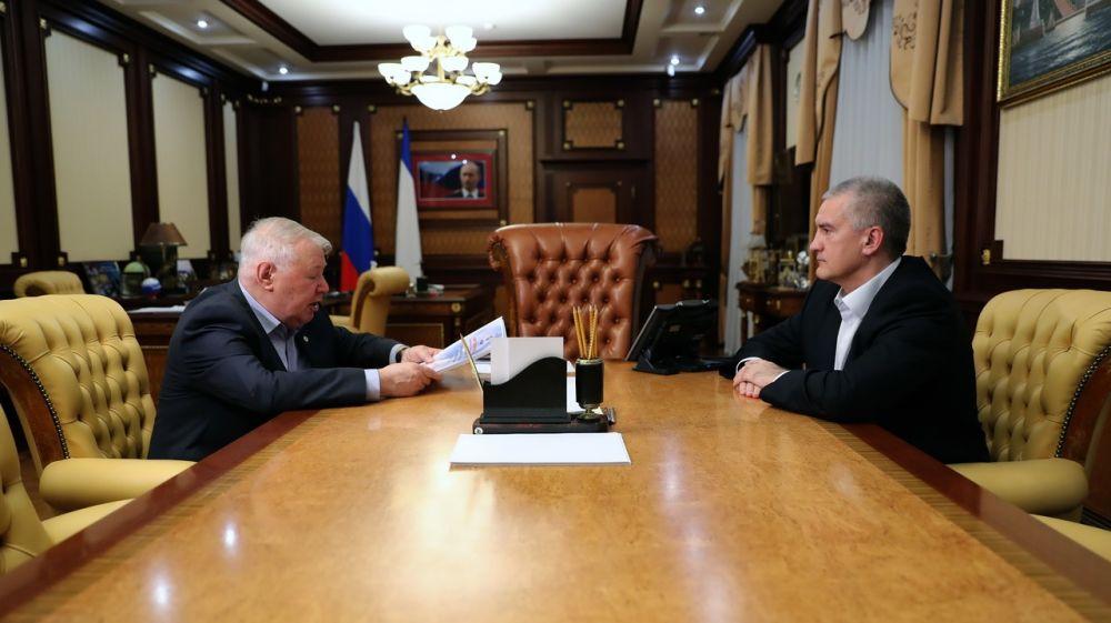 Сергей Аксёнов: Общественная палата является эффективным инструментом взаимодействия граждан и органов власти