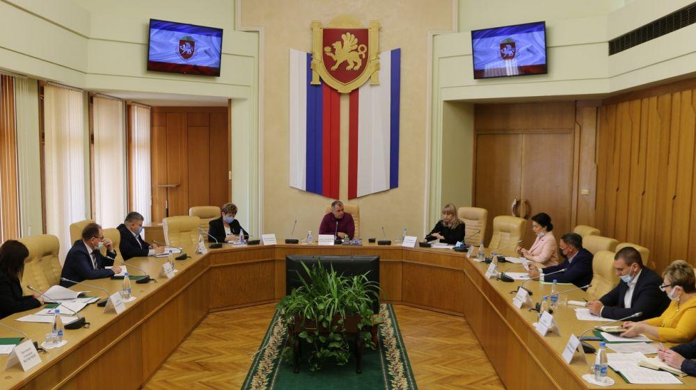 Арина Новосельская приняла участие в рабочем совещании, посвященном организации и проведению Международного фестиваля «Великое русское слово»