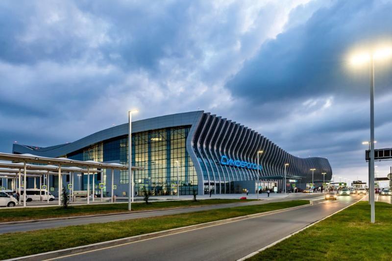 Аэропорт «Симферополь» начал предоставлять пассажирам онлайн-справки о статусе авиарейсов