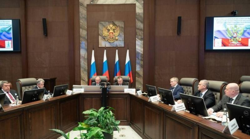В Севастополе состоялось совещание по вопросам нацбезопасности на полуострове