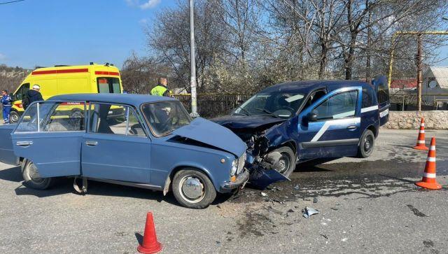 В ДТП под Севастополем пострадали семь человек: двое – дети