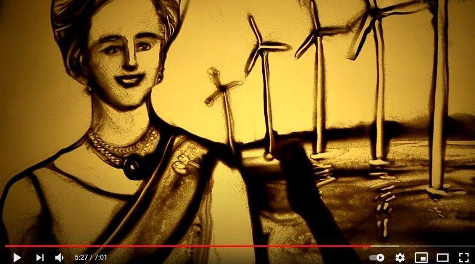 Песочный аниматор из Крыма Ксения Симонова поздравила Датскую королеву с Днем рождения