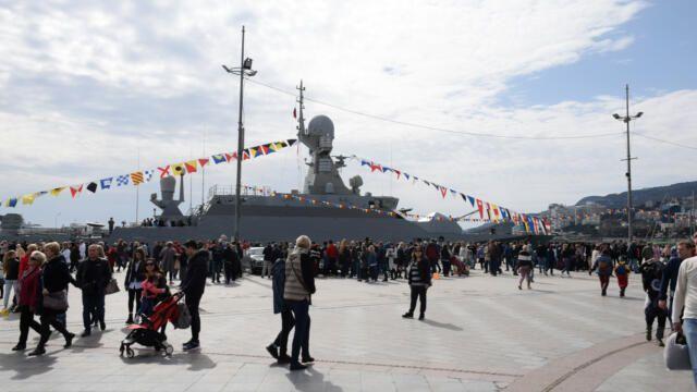Малый ракетный корабль открыт для посещения сегодня в Ялте