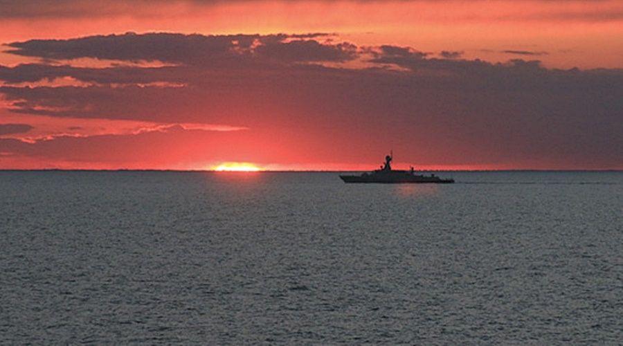 Полтора десятка кораблей Каспийской флотилии зашли в Черное море