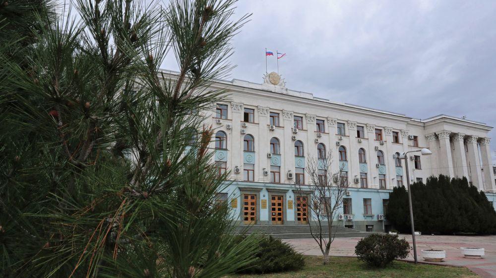 Сергей Аксёнов внёс изменения в указ о режиме повышенной готовности: все прибывающие на территорию республики из-за рубежа должны заполнить анкету
