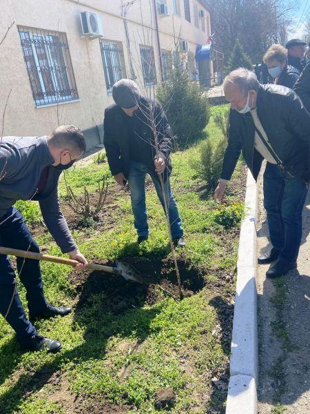 В Нижнегорском районе ветеранов органов внутренних дел поздравили с наступающим праздником