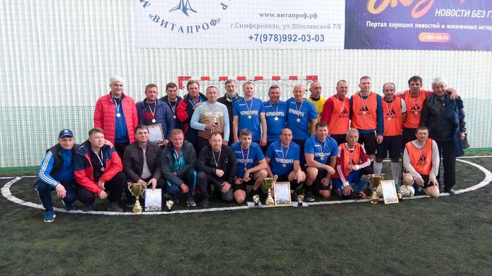 Команда «Черноморец» выиграла ветеранский турнир по футболу