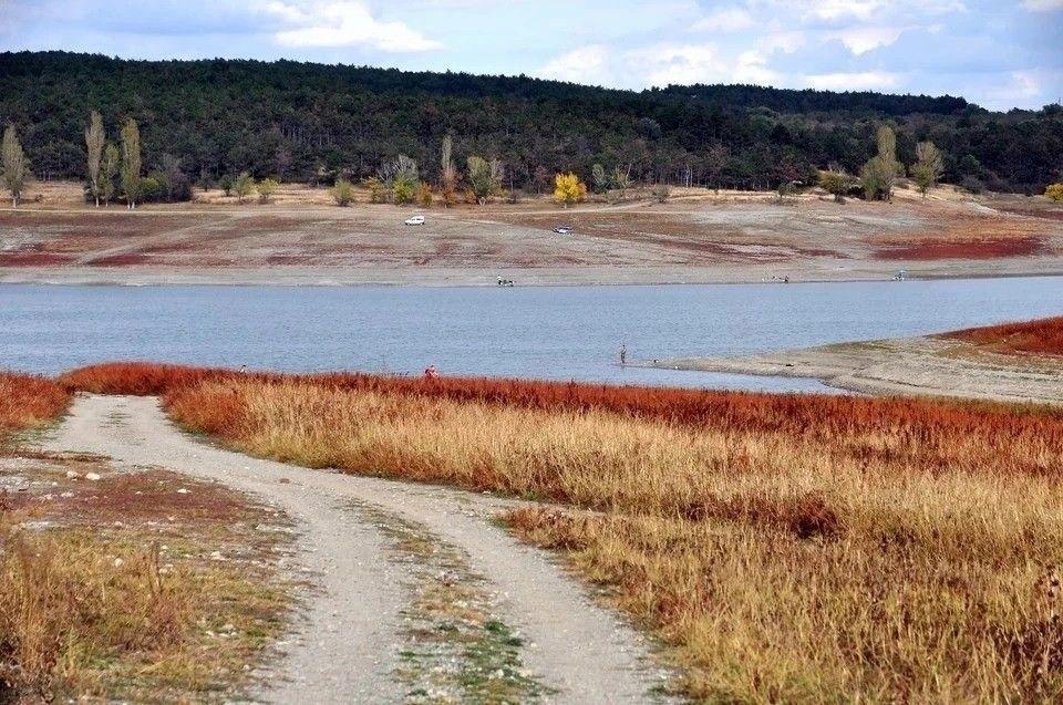 Симферополь дополнительно получит 30 тысяч кубометров воды в сутки