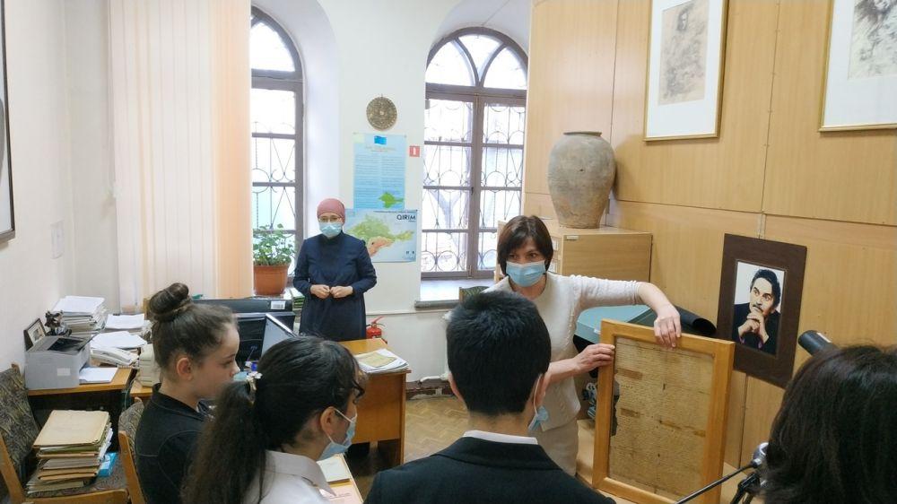 Республиканская крымскотатарская библиотека организовала мероприятие ко Дню экологических знаний