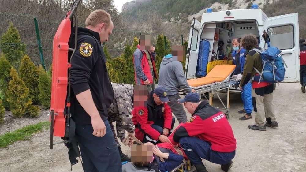 В выходные дни Крымские спасатели дважды оказывали помощь в горно – лесной зоне полуострова