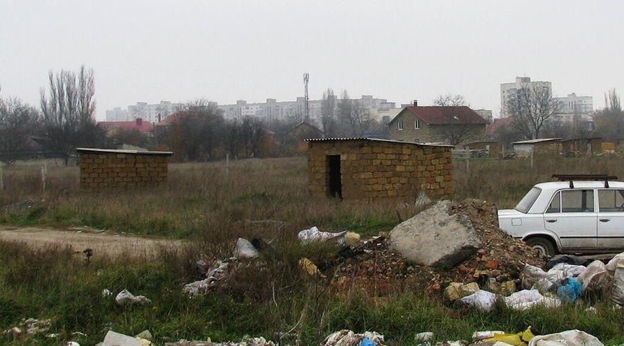 Имеющие недвижимость репатрианты исключены из очереди на получение земли в Крыму