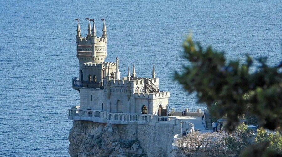 Напряжённость на границе с Украиной не помешает туристам в Крыму – Аксёнов