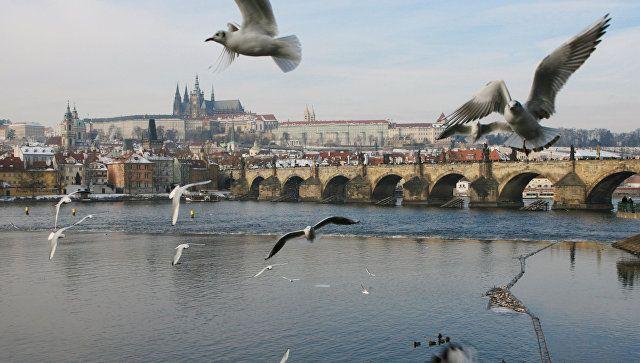 Прага пригрозила сокращением посольства России до уровня дипмиссии