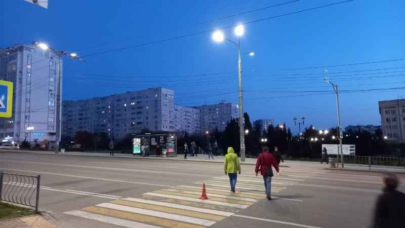 В Севастополе несовершеннолетний водитель умыкнул у отца авто и на «зебре» сбил несовершеннолетнего пешехода