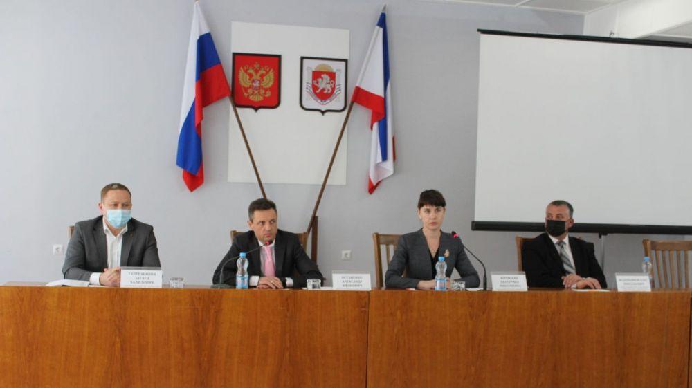 В Администрации Ленинского района проведено выездное совещание Министерства здравоохранения Республики Крым