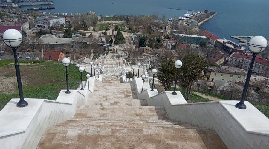 Подрядчик реконструкции Митридатских лестниц добился экономии средств на объекте