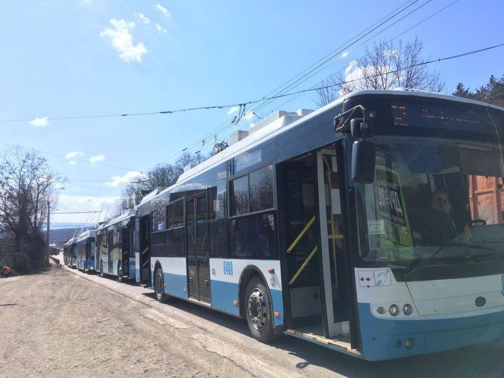 Под Симферополем на несколько часов остановились троллейбусы