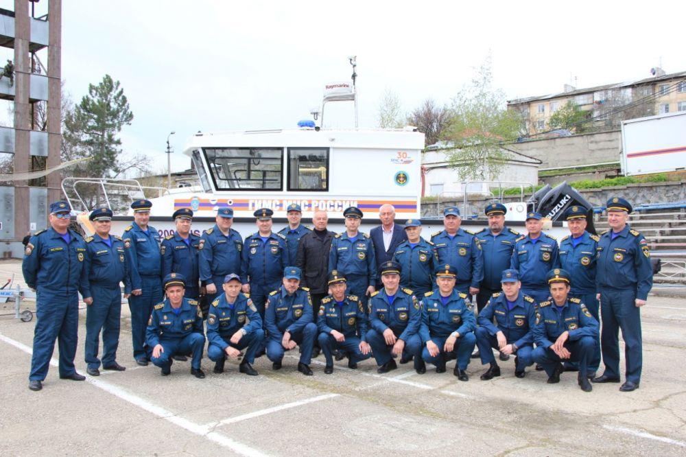На вооружение Центра государственной инспекции по маломерным судам МЧС России по Республике Крым поступила новая техника