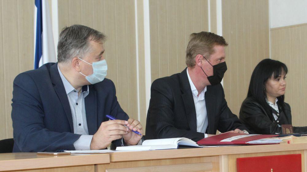 Состоялось заседание комиссии по делам несовершеннолетних и защите их прав Симферопольского района