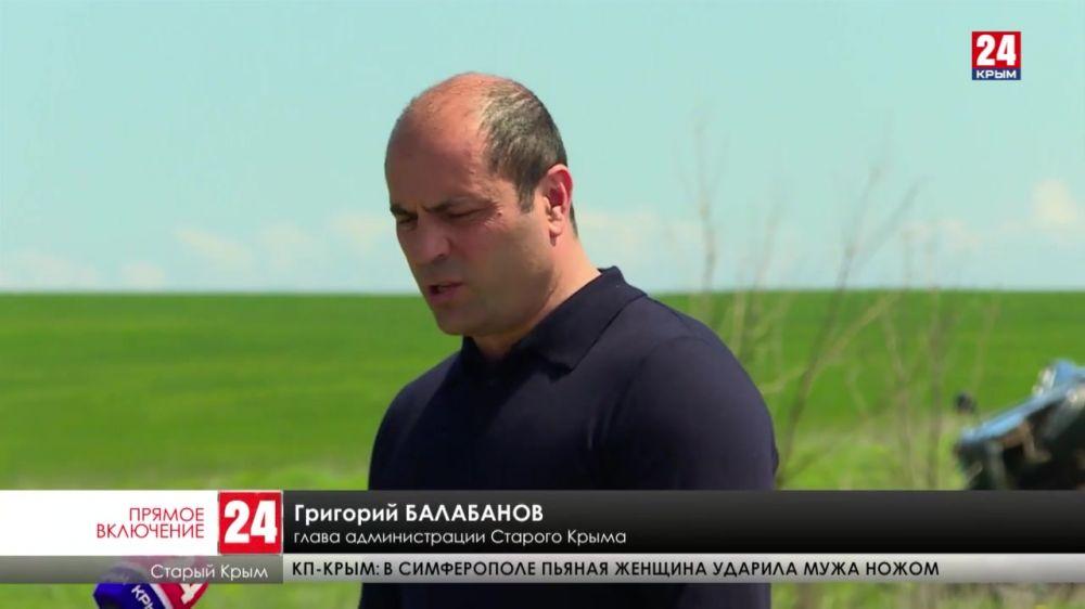 На трассе возле Старого Крыма произошло крупное ДТП с участием большегруза и легкового автомобиля