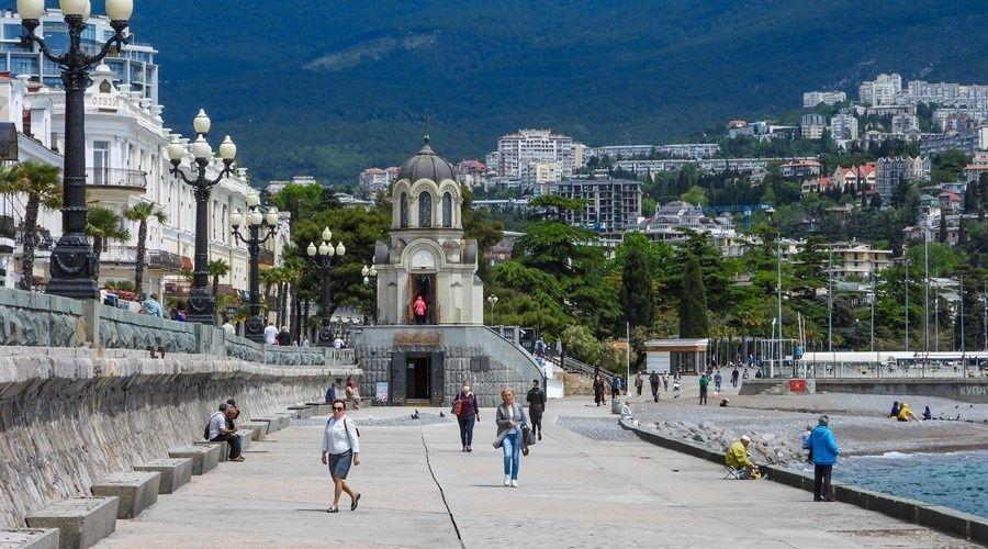 Турпоток в Крым за первые 4 месяца на треть превысил рекордные показатели