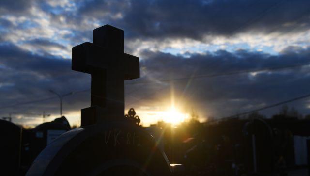 Шестилетний мальчик насмерть сбил свою мать на кладбище