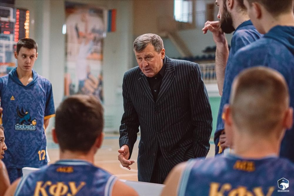 Серебряные «Грифоны»: итоги баскетбольного сезона