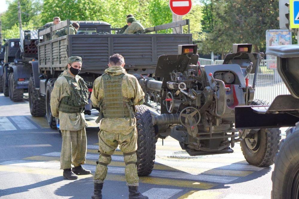 В Симферополе готовятся к генеральной репетиции парада ко Дню Победы