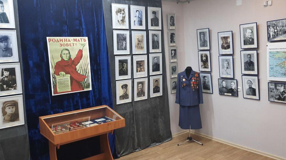 В Крымскотатарском музее культурно-исторического наследия открылась выставка «Дорогами Победы»
