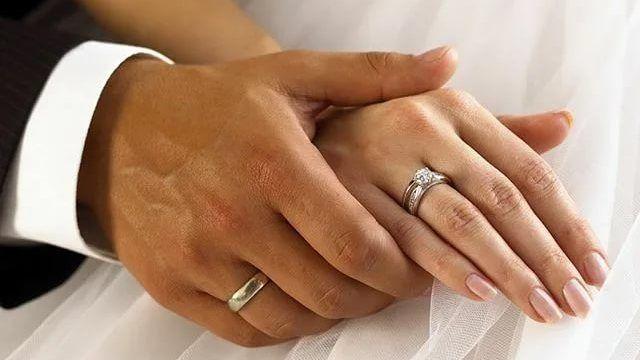 В апреле текущего года женами наиболее часто становились невесты с именами Екатерина, Ольга и Виктория, а мужьями - женихи с именами Олег, Максим и Иван