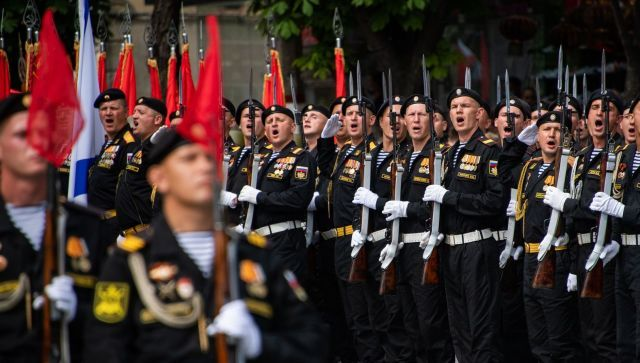 Сколько россиян не представляют Дня Победы без военного парада