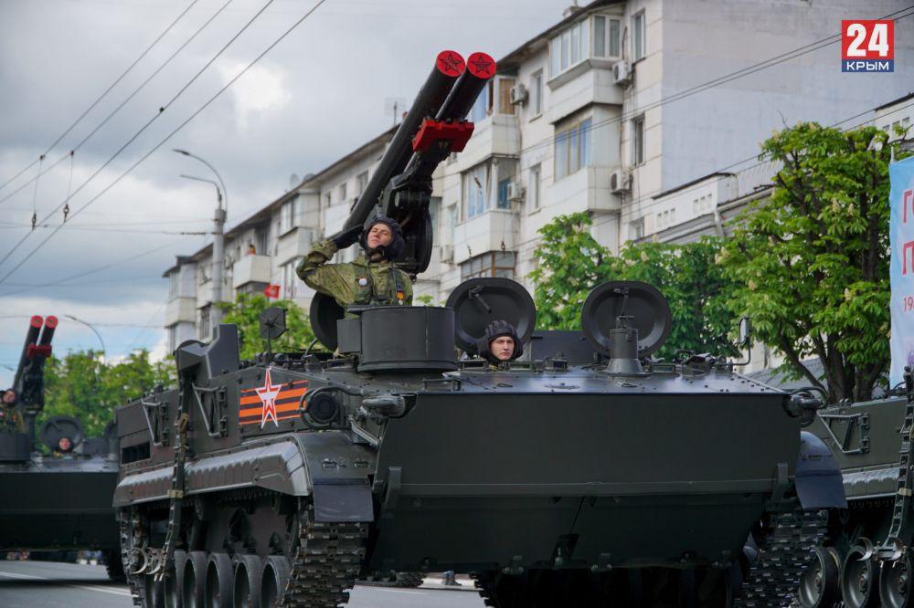 Видео Парада Победы в Симферополе 9 мая 2021 года (запись прямой трансляции)
