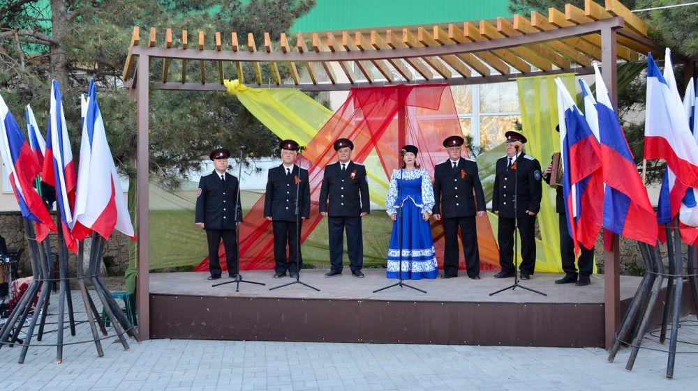 «Песни Великой Победы»: в п. Черноморское прошел праздничный концерт