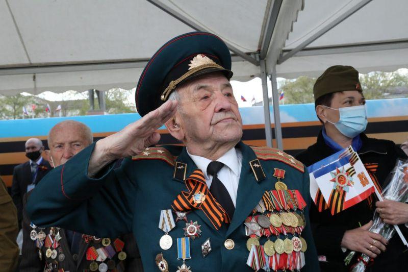 Врио Министра внутренних дел по Республике Крым принял участие в праздничных мероприятиях, посвященных Дню Победы