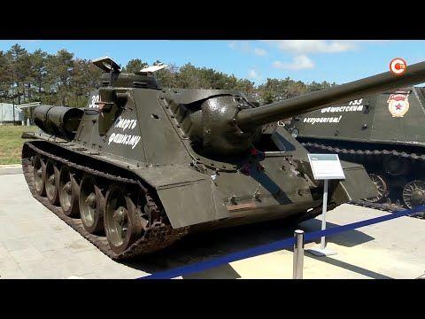В День Победы на Сапун-Горе запустили военную технику (СЮЖЕТ)