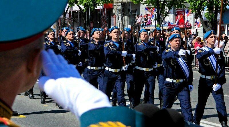 Прямая трансляция: Парад Победы в Симферополе 9 мая 2021 года
