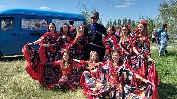 В селе Изумрудное состоялся фестиваль казачьей культуры «Традиции – это мы»