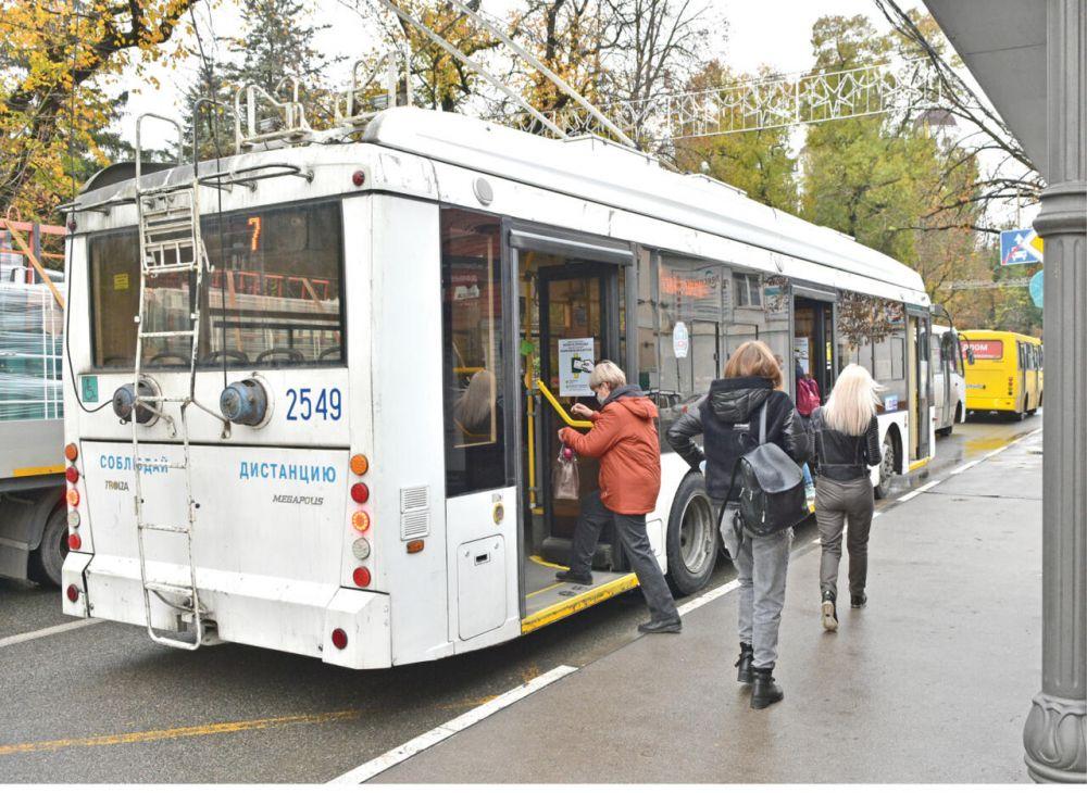 В троллейбусах между Симферополем и Ялтой появится электронный гид