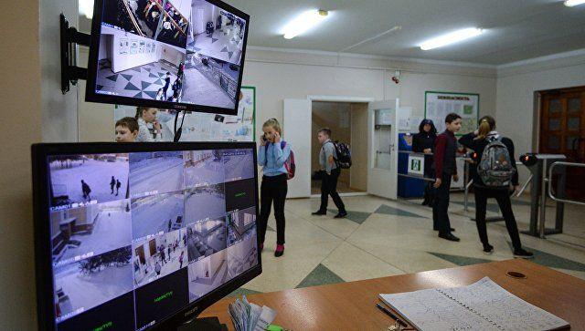 После трагедии в Казани на Кубани проверят системы безопасности школ