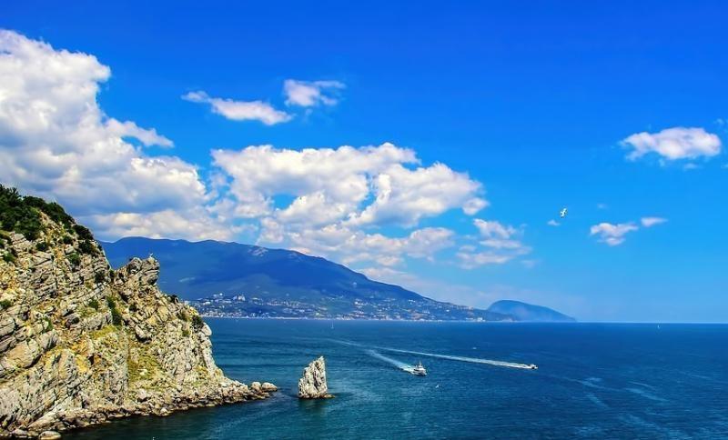 Более полумиллиона отдыхающих принял Крым за время майских каникул